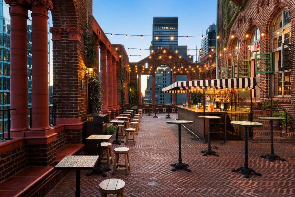 pod39 rooftop bar